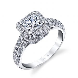 Halo Engagement RingStyle #: MARS 25632
