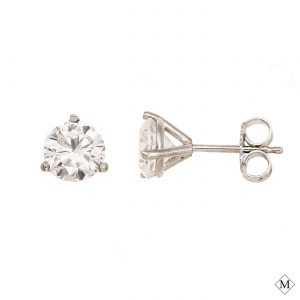 MHSTUD00001-1, A Classic Diamond Stud from Mark's Diamond