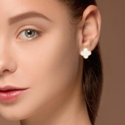 Mother of Pearl EarringsStyle #: WLI-J13538FJE