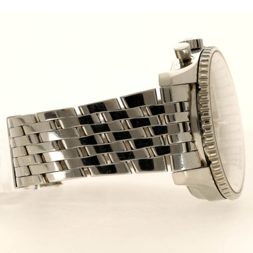 Breitling Navitimer WorldSKU #: BRE-2104